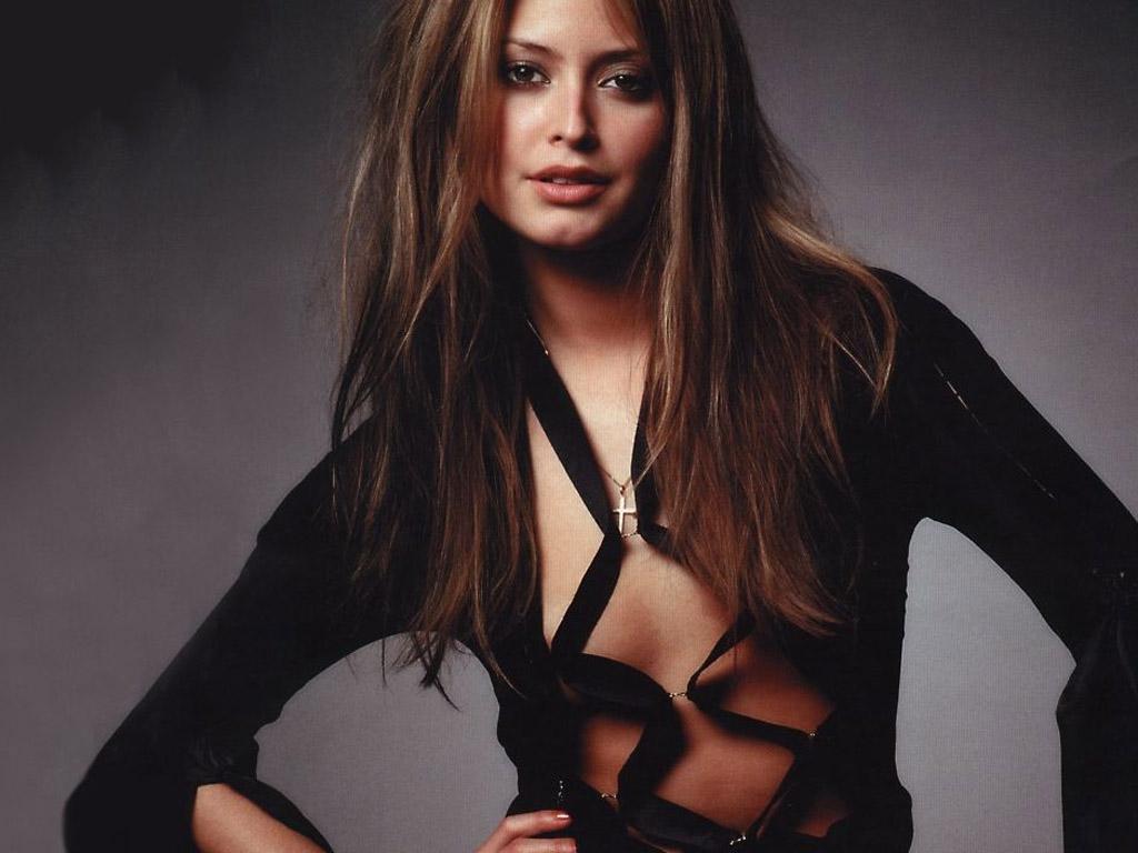 Holly Valance Australian actress Photos - Hot Full Xv,Hot ...
