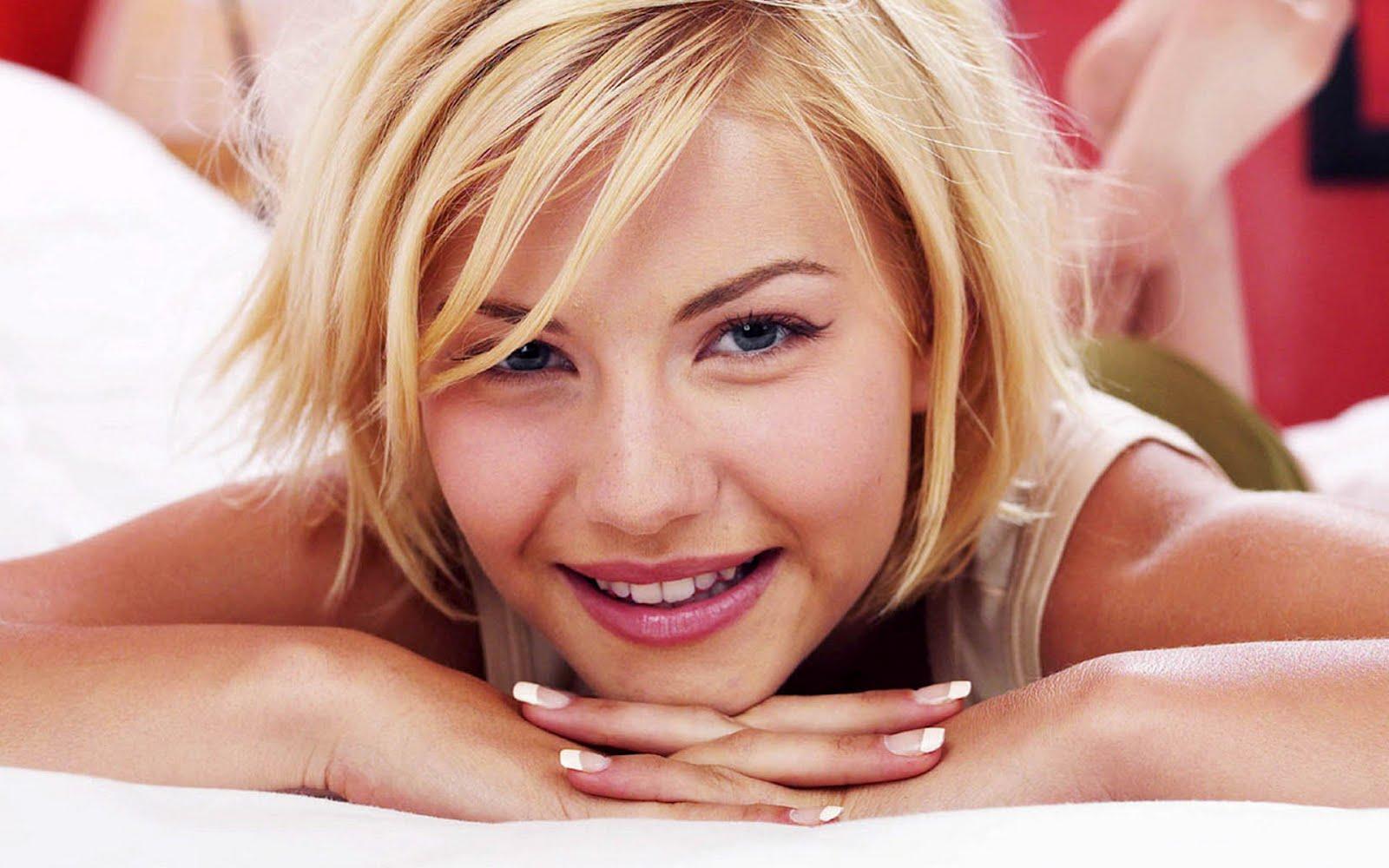 http://2.bp.blogspot.com/-vTAYK5W2UT8/T97cPM7pc-I/AAAAAAAAJnM/0mz8BIx96nk/s1600/HD-wows-Wallpaper.jpg
