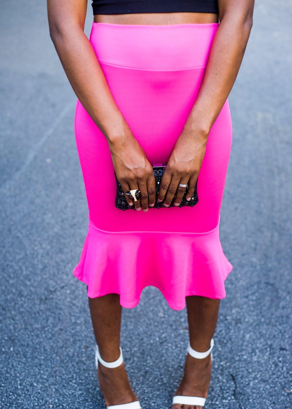 Weekend Inspiration style: Flutter hem skirt