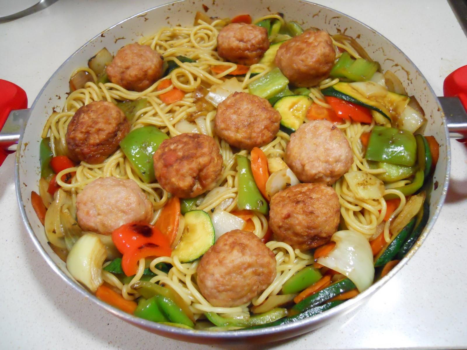 Que hago para comer hoy espagueti con verduras salteadas - Albondigas de verdura ...
