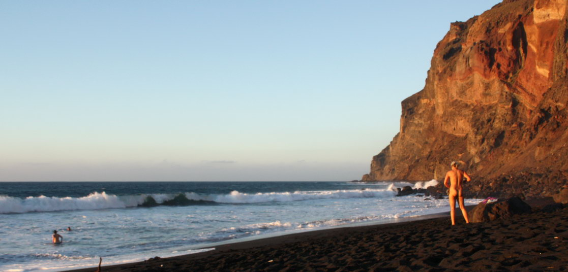 Nude beach Playa del Ingles (La Gomera)