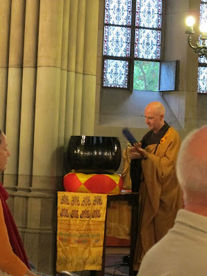 Thich Hue An, Buddha Maitreya, Offene Kirche Elisabethen, Maitreya Reliquien, Basel, Bodensee, Bodensee Maitreya, Herzschrein,
