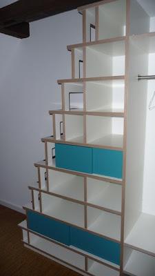 gehirnakrobat steprack das regal als treppe oder die treppe als regal. Black Bedroom Furniture Sets. Home Design Ideas