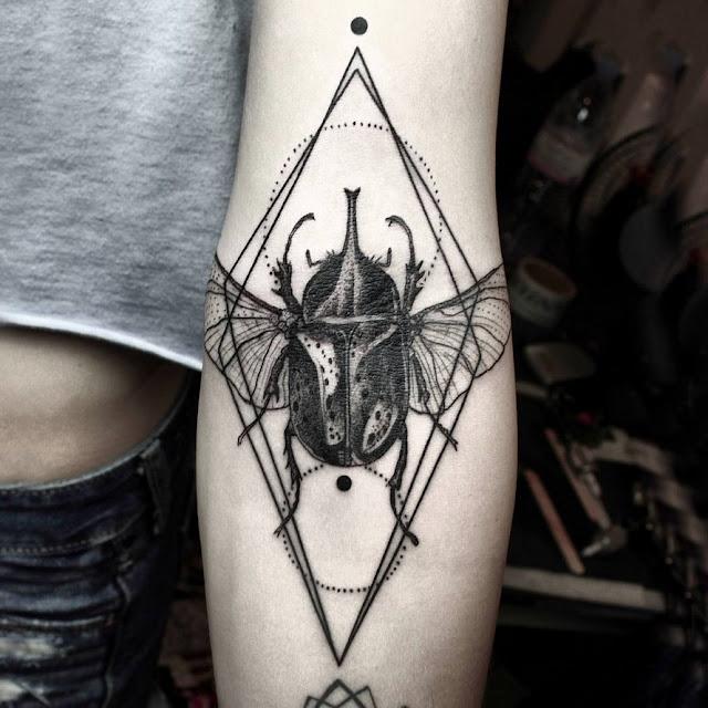 Deslumbrantes tatuagens gráficas