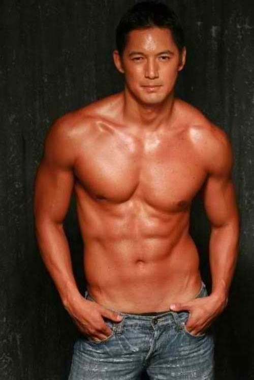 Marc nelson shirtless
