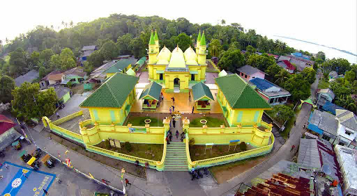 old mosque penyengat island