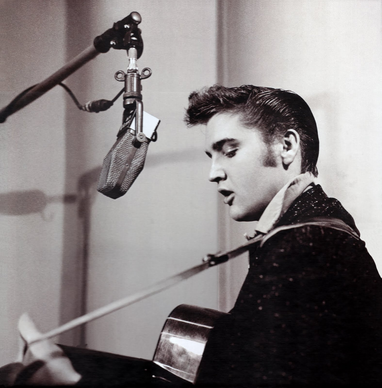 Elvis Presley: That's Alright Mama