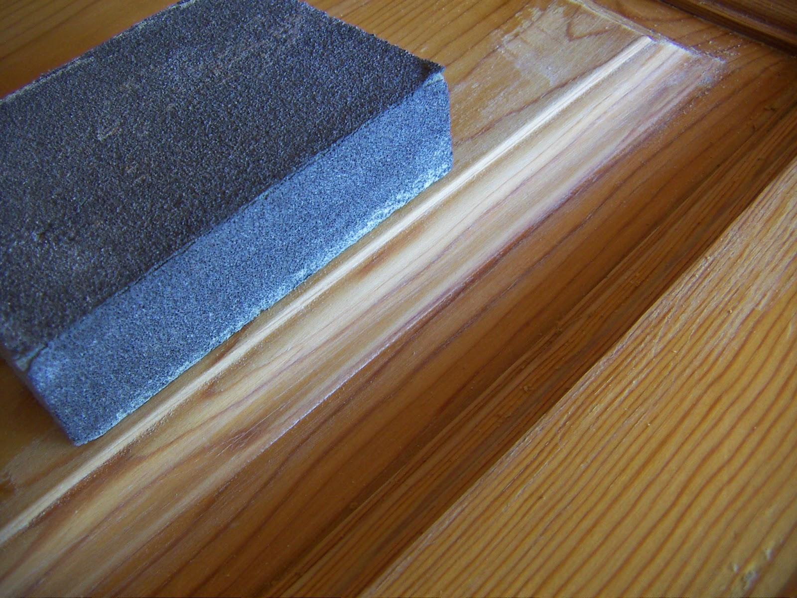 El rinc n de un aprendiz bancos de pino tuneados para el for Decapante para madera