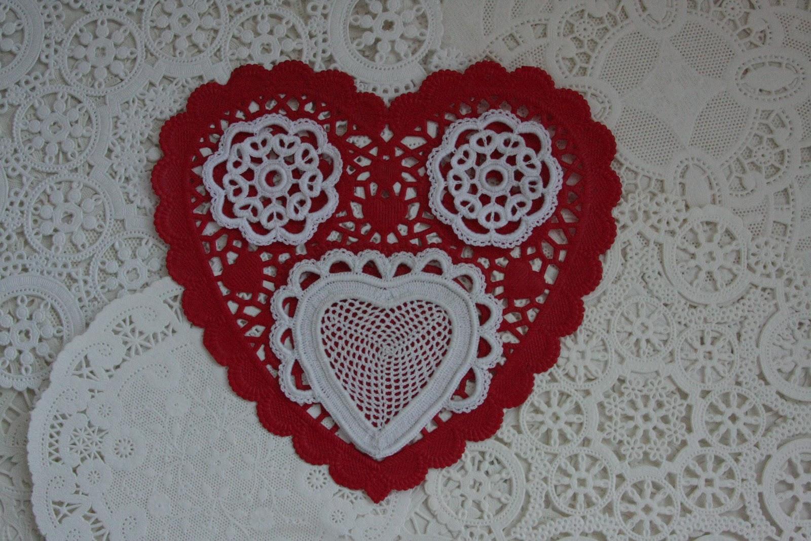 The Laboratory: Mesh Heart Motif in Irish Crochet