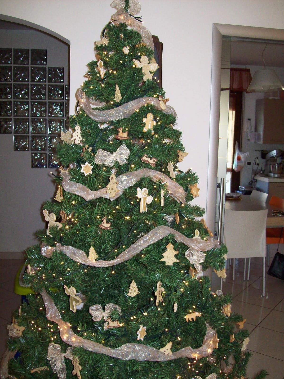 Albero Di Natale Fatto Con I Biscotti.La Fragranza Del Pane Biscotti Per L Albero Di Natale