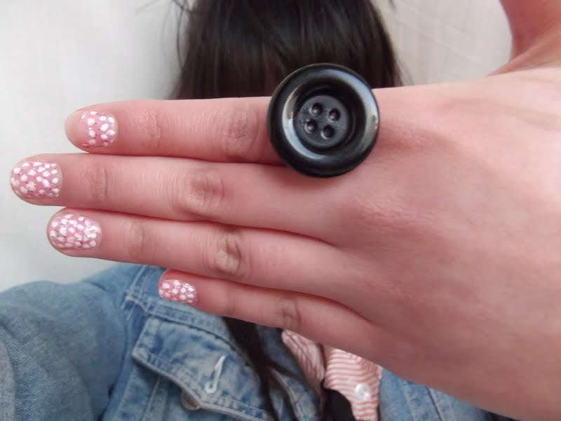Ugly Ring Ring- old ugly ring+black Ugly Dresses