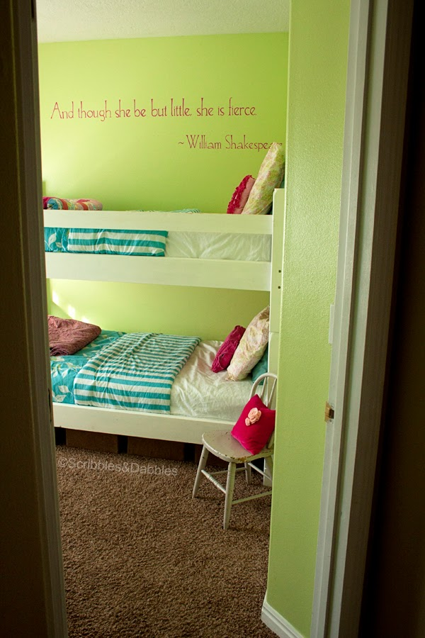 Scribbles&Dabbles: Bright Girls' Room Makeover