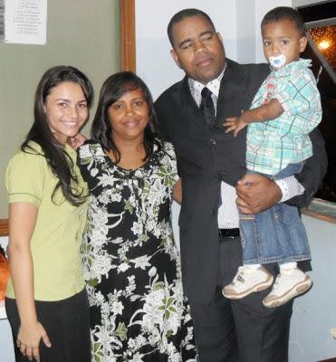 Francielle Miranda e pastor Ângelo Galvão e sua Familia