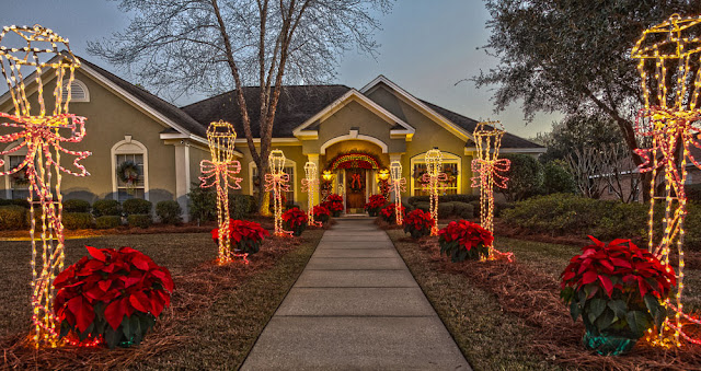 Christmas lights in Fairhope
