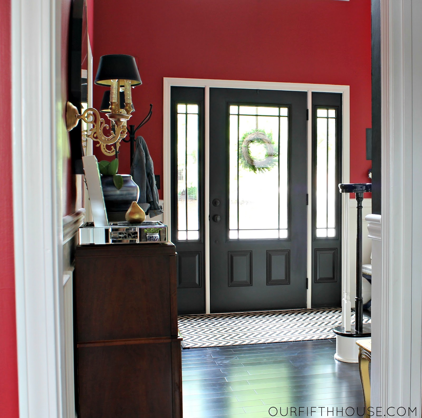 Amazing Black with Red Front Door Trim 1600 x 1586 · 336 kB · jpeg