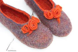 Filcētas čības dāmām    Felt slippers for women