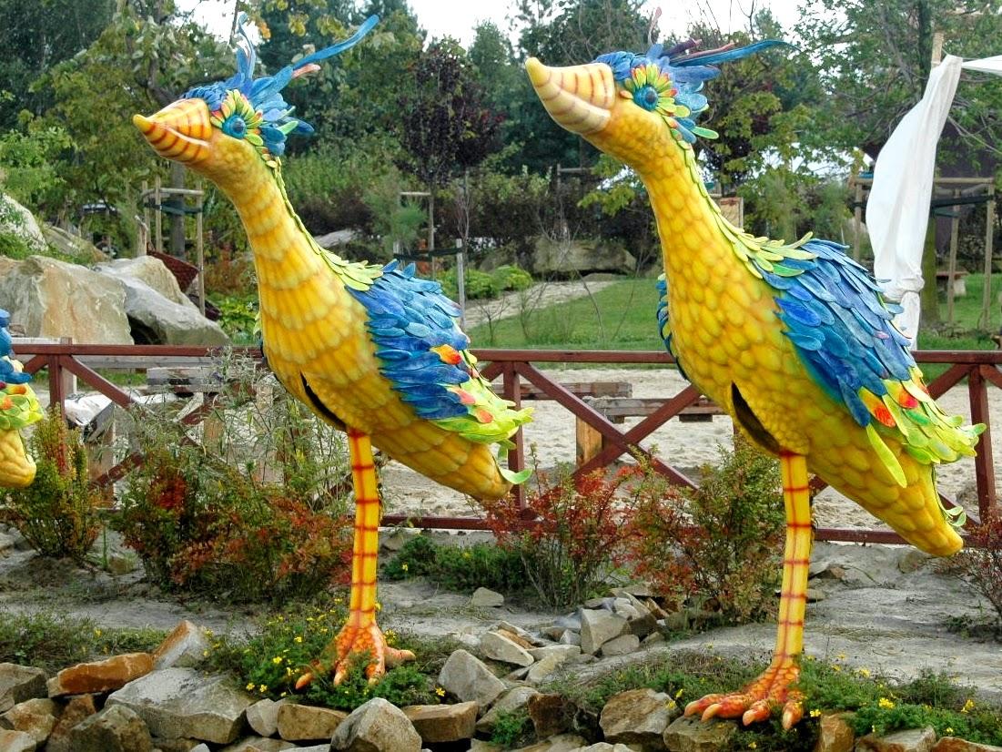 Rajskie Ptaki w Magicznych Ogrodach