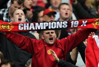 Man Utd Champions 19 Scarf