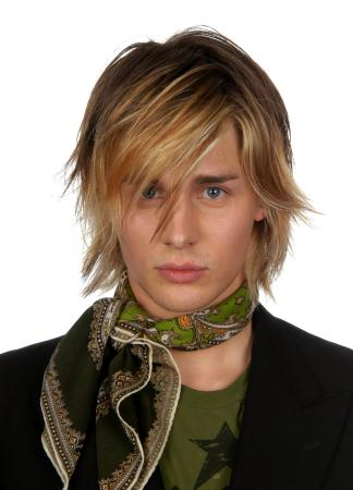 how to hairstyles for men. long hair styles men.