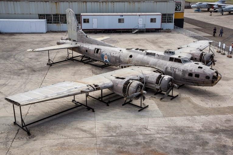 Swamp Ghost B-17E worldwartwo.filminspector.com