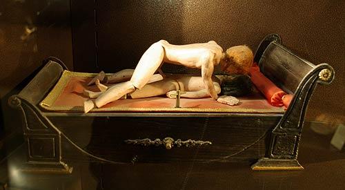 Khám phá những bảo tàng tình dục nhạy cảm 13