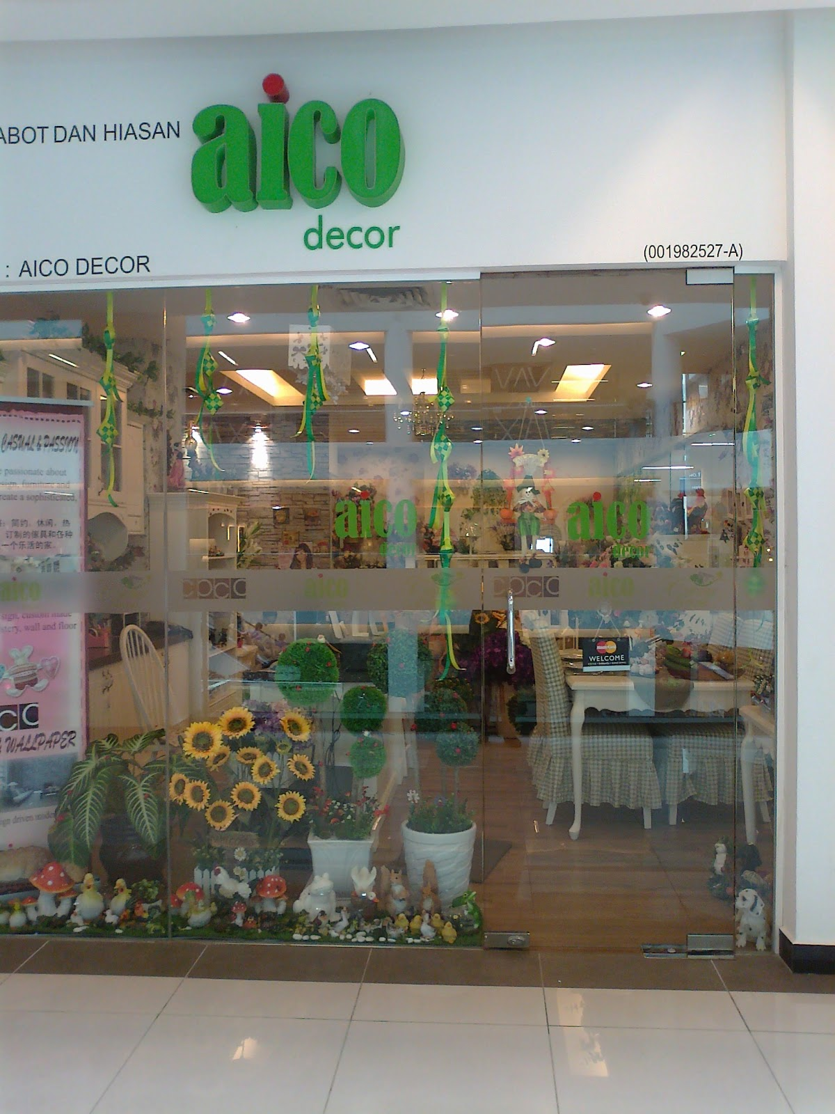 Cottage Home At Viva Home Greetings From Aico Decor