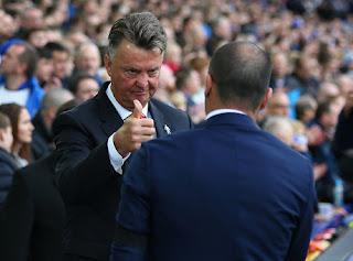 Louis van Gaal Bangga MU Menang 3-0 Atas Everton
