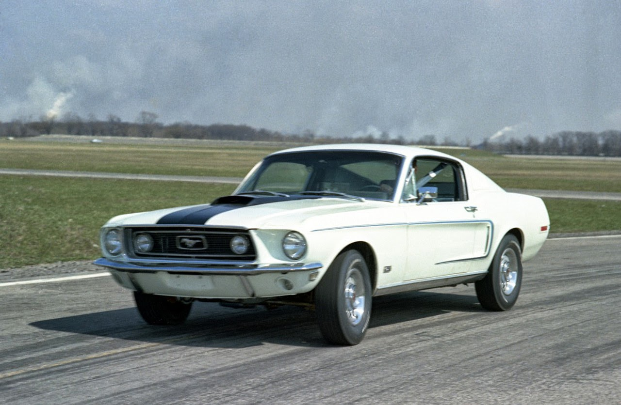 ford mustang through the years car autos gallery. Black Bedroom Furniture Sets. Home Design Ideas