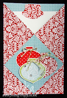 Christmas Diamond Gate Fold Card by Bekka www.feeling-crafty.co.uk