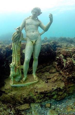 Veja as ruínas encontradas por várias expedições submarinas ao redor do mundo