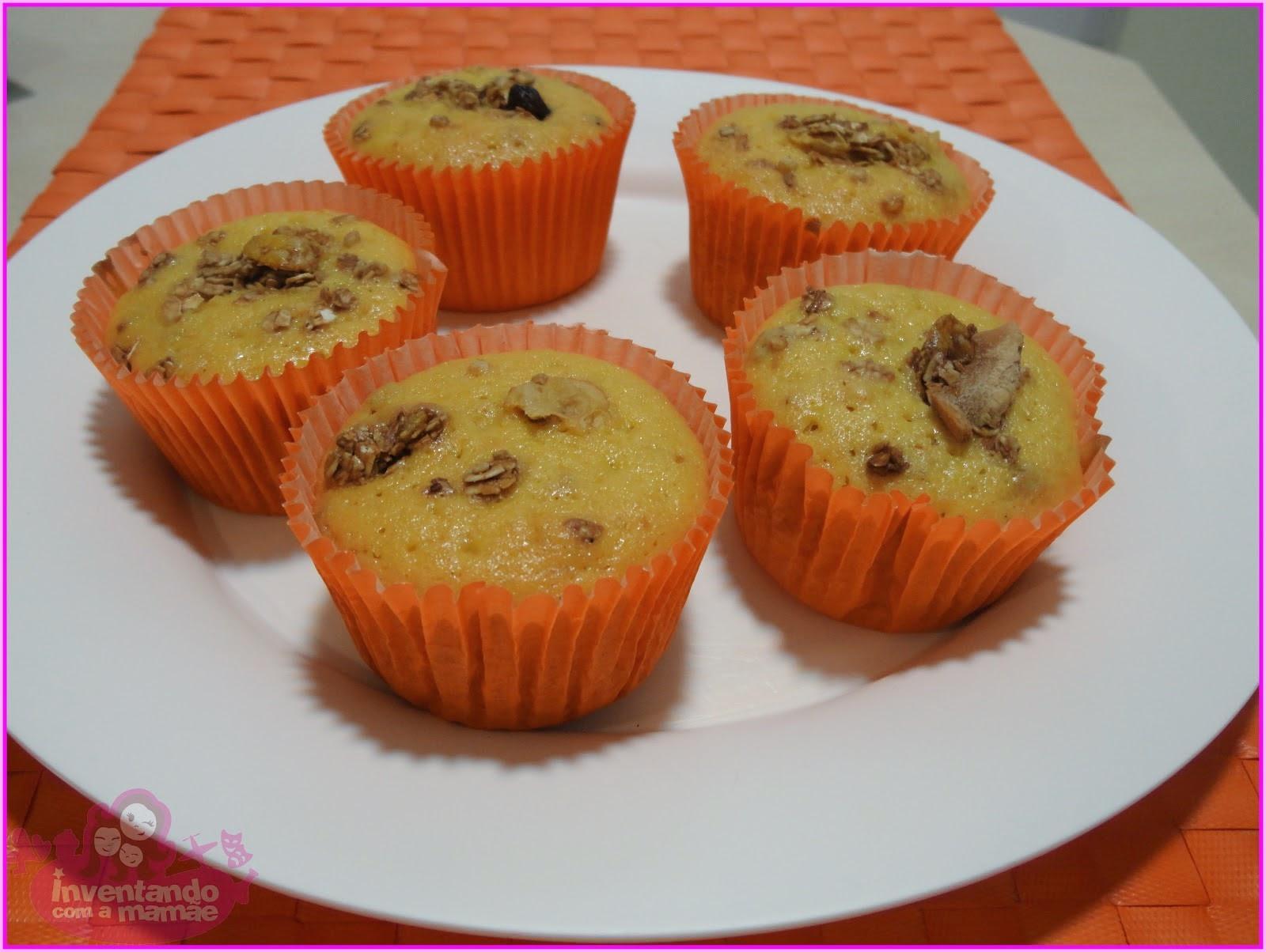 cupcake de casca de mamão com granola