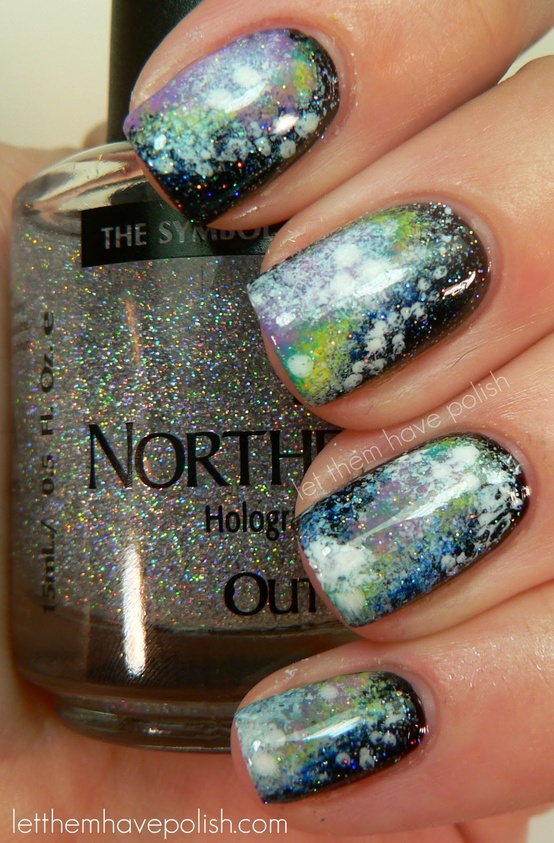 Pogldnete the gallery with new topical manicure ideas for the season