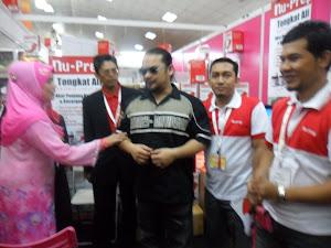 TONGKAT ALI NU-PREP 100, HALFEST 2011 PWTC  RY SALOON  bersama VIP