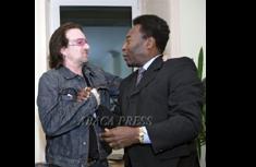 Com Bono & U2