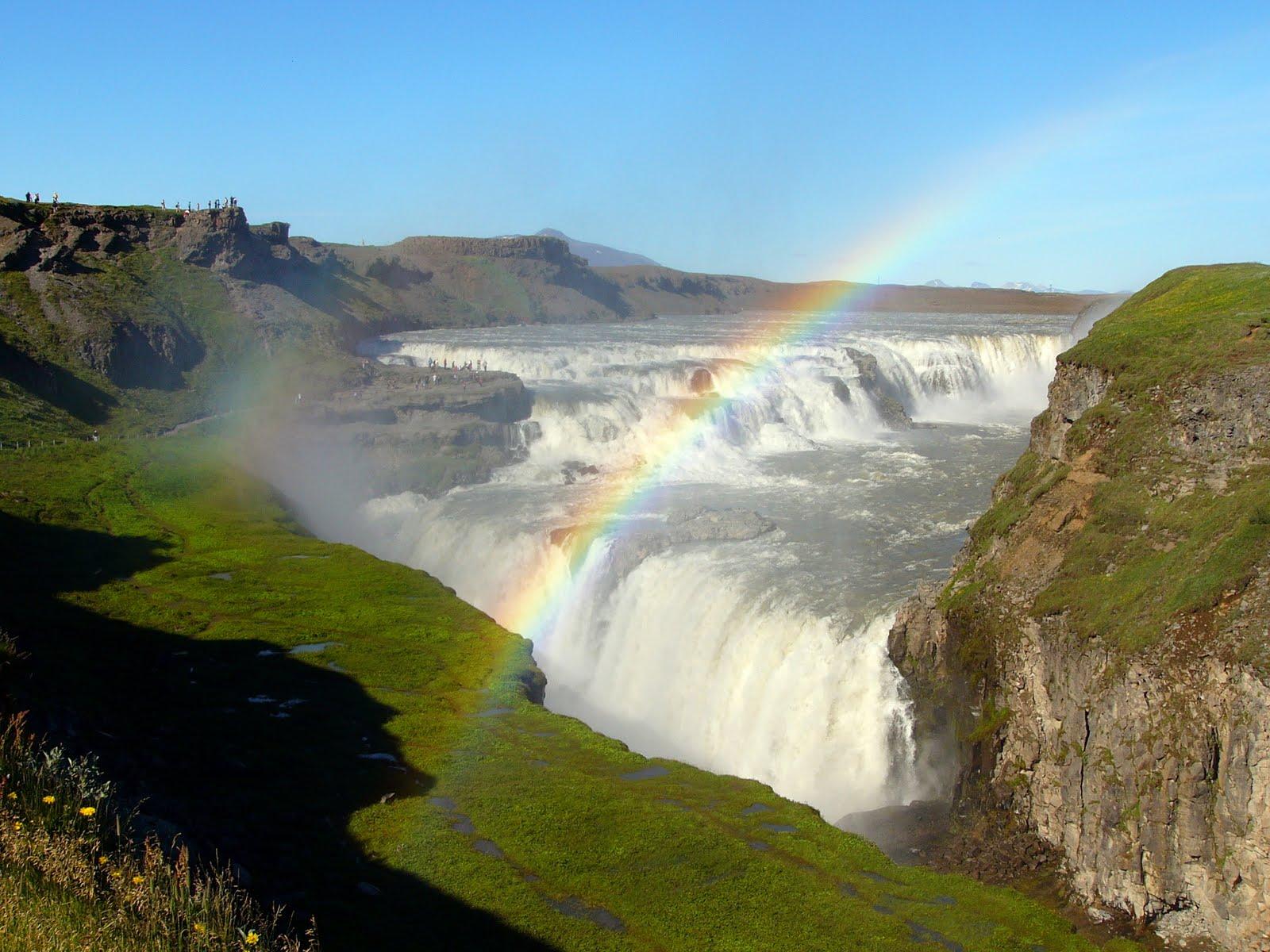 http://2.bp.blogspot.com/-vWJn8lDOQW8/TiMh74tFD9I/AAAAAAAACMs/ZAODlgT4SWE/s1600/rainbow_hd_wallpaper_3.jpg