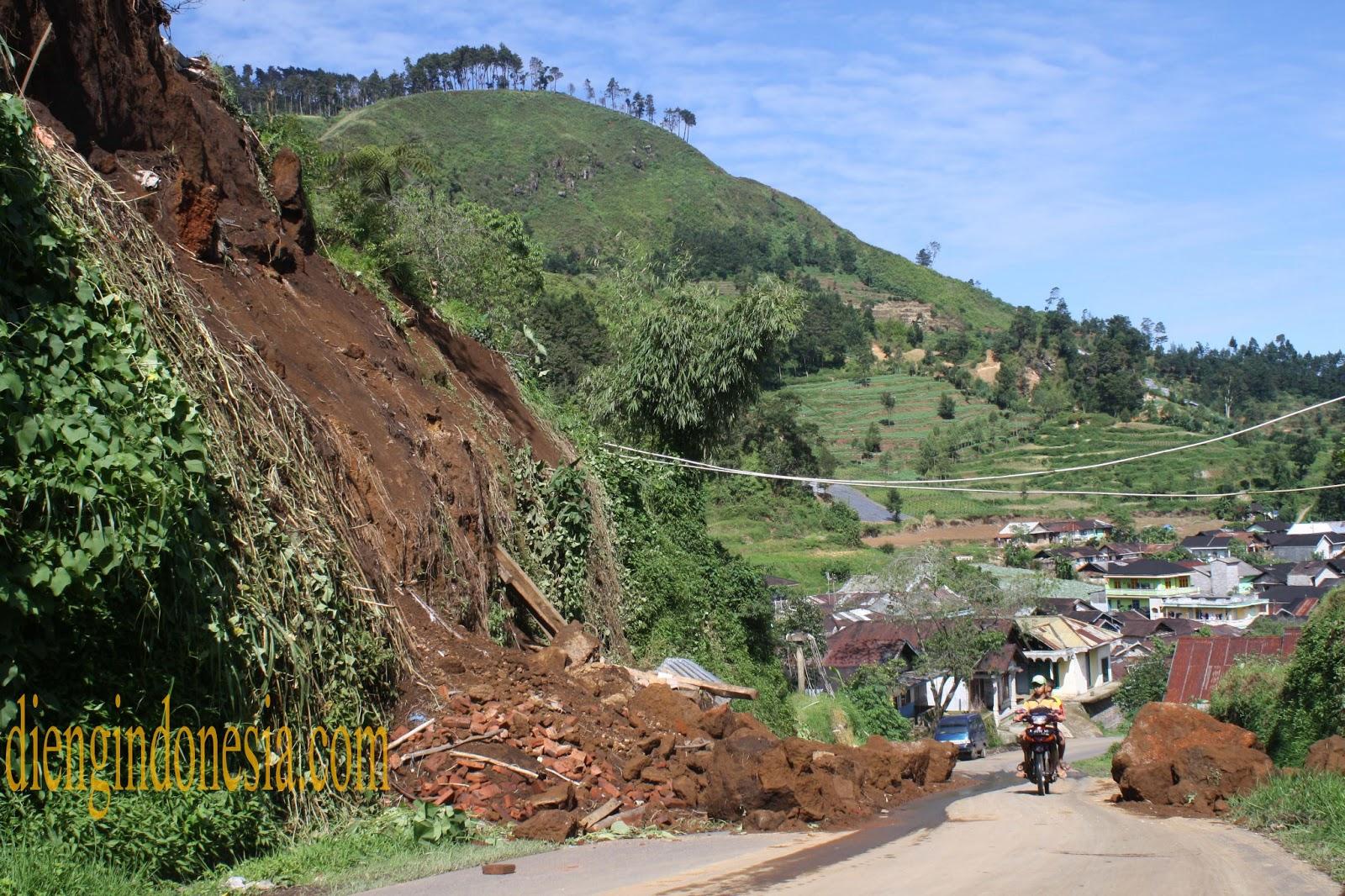 Kondisi Jalan Utama Desa Kepakisan menuju Desa Pekasiran Batur ...