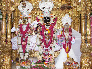 gadhada swaminarayan darshan
