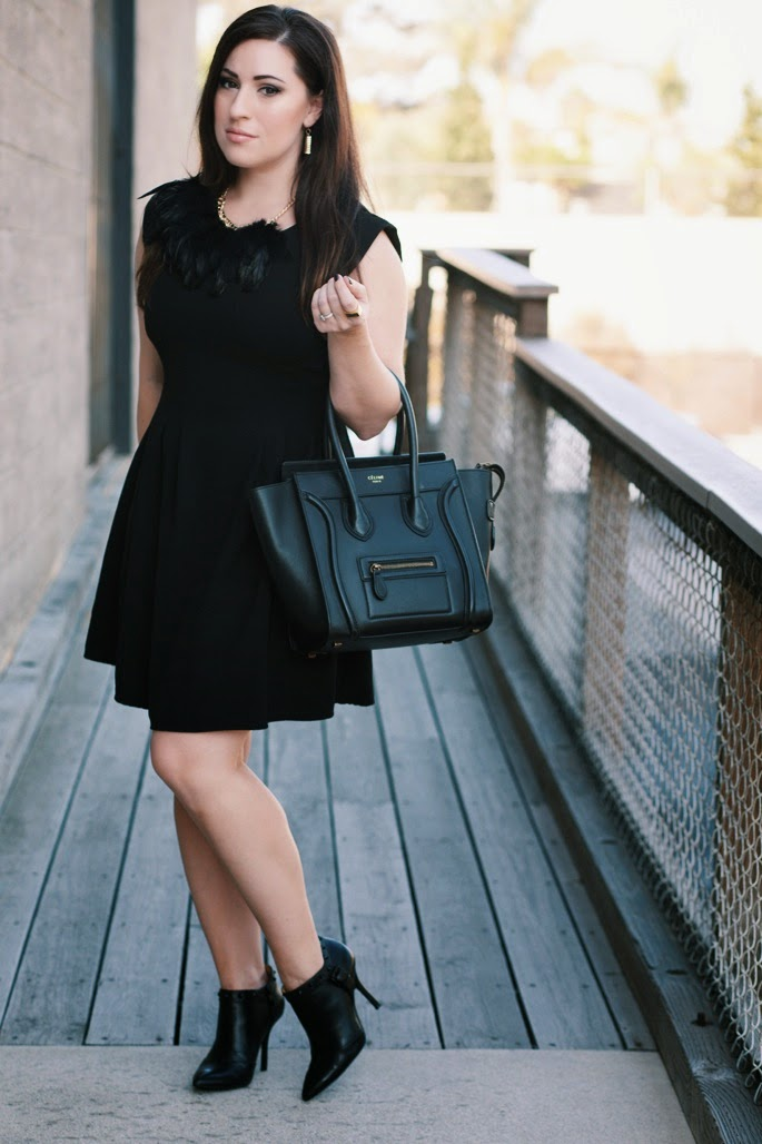 leith black feather necklace, celine bag, all black outfit for Fall