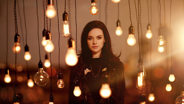 Amy Macdonald HD Wallpaper