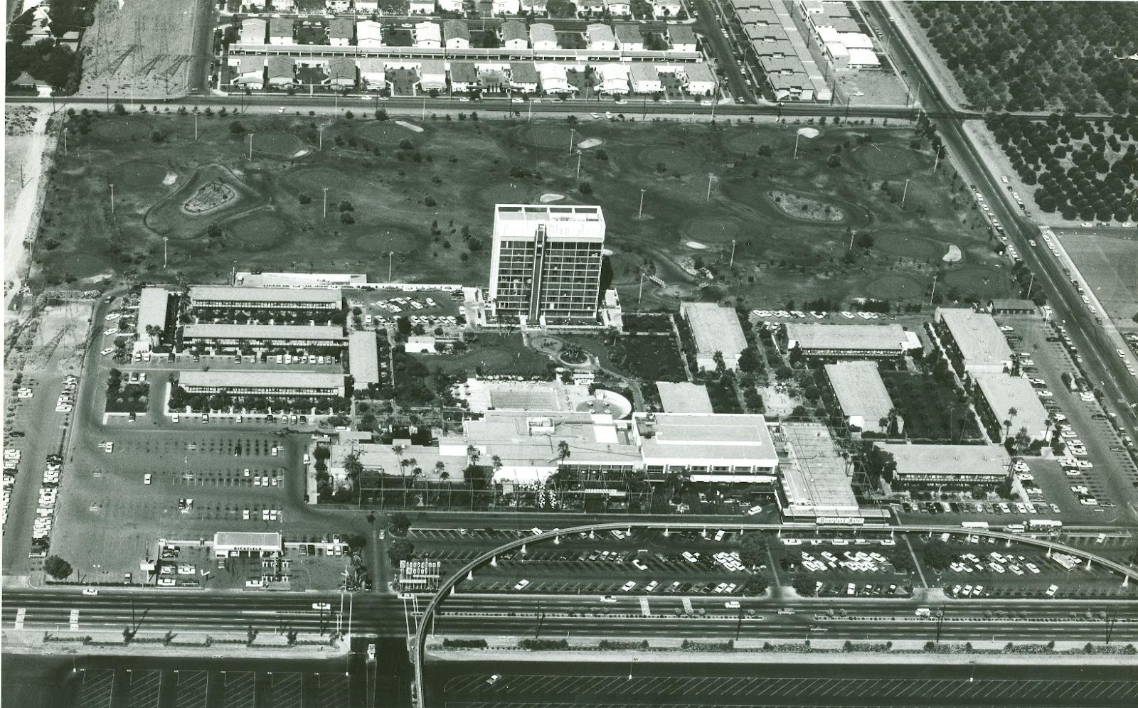 the original disneyland hotel 1963 overheads