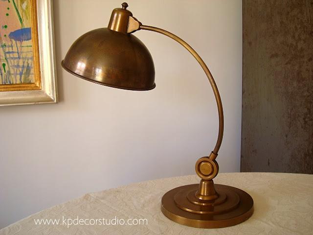 lamparas antiguas de bronce y laton estilo Art deco para decoracion de interiores en valencia