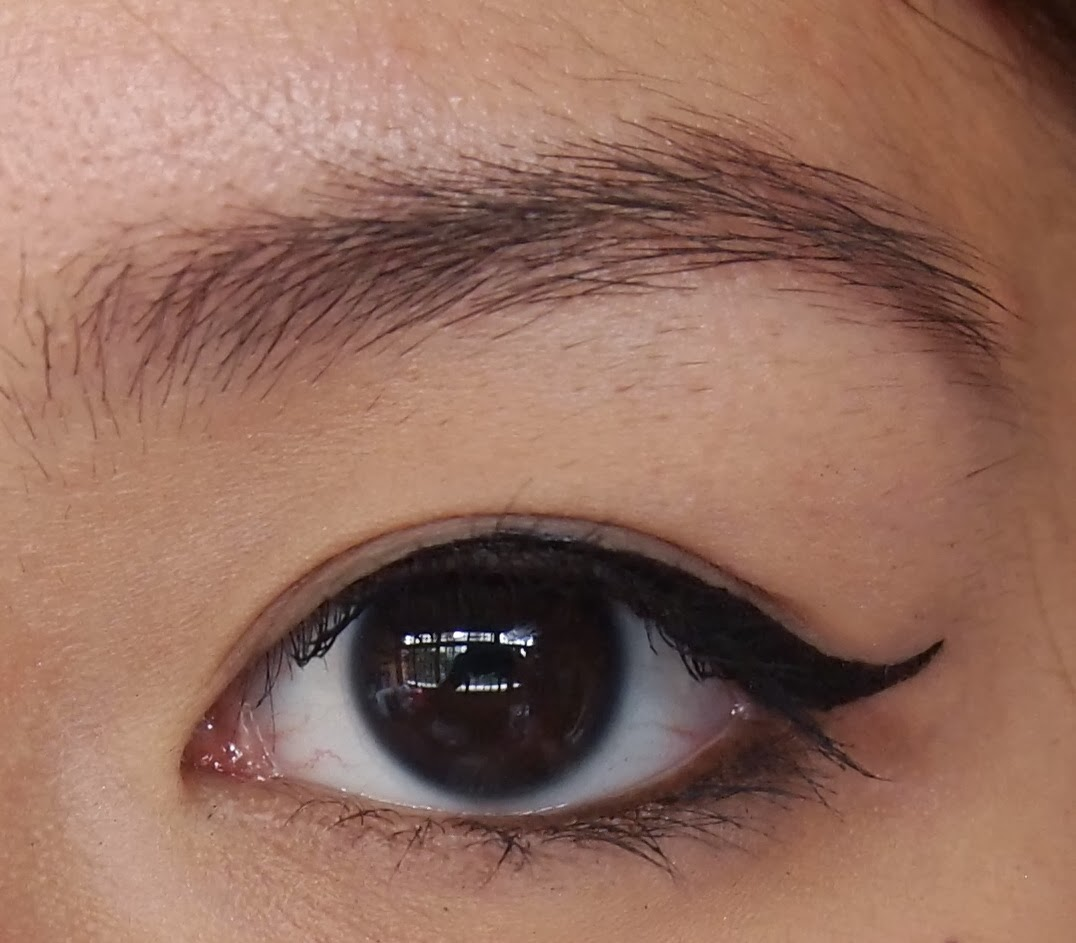 Kymm beauty lifestyle travel winged eyeliner tutorial for winged eyeliner can be a pain in the behind when it comes to asian eyelids because most of us tend to have the puppy eye droop baditri Image collections