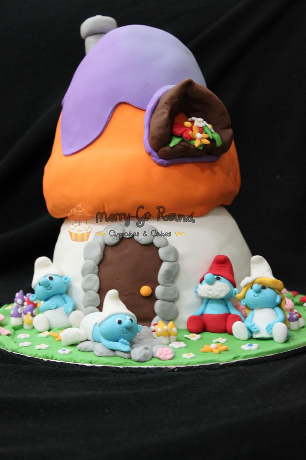 Merry Go Round Cupcakes Cakes Birthday Cake Smurf House Theme