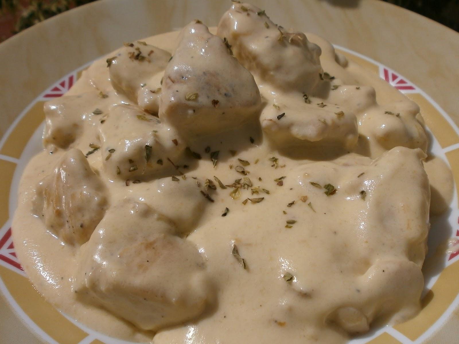 Luzmary y sus recetas caseras pechugas de pollo en salsa de queso - Salsas para pechuga de pollo ...