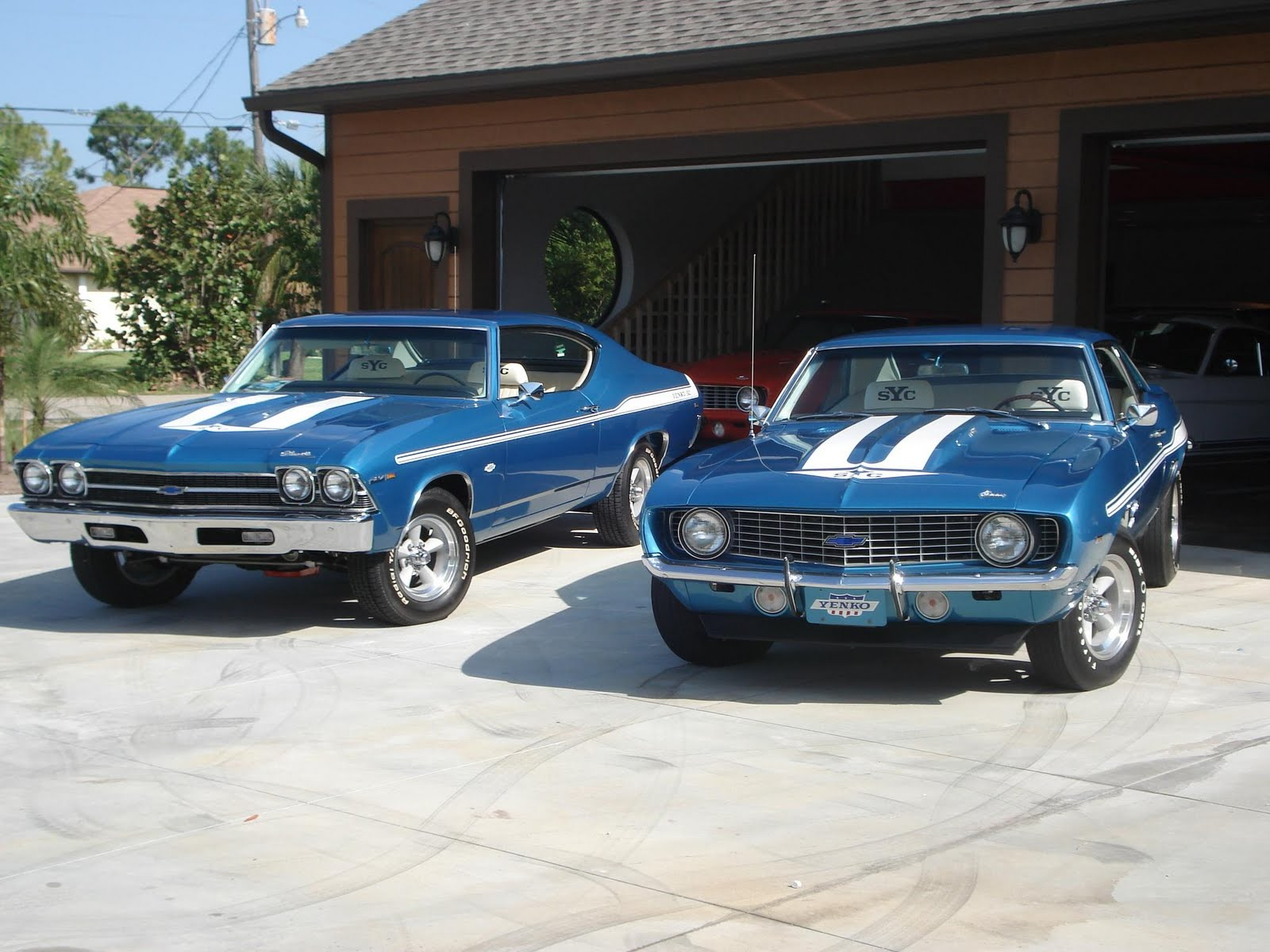 Classic car information musclecars us muscle cars us for Classic american muscle cars