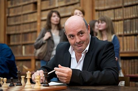 Léo Battesti dans le film Joueuse