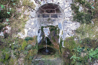 Fuente en el rio Eska, Isaba