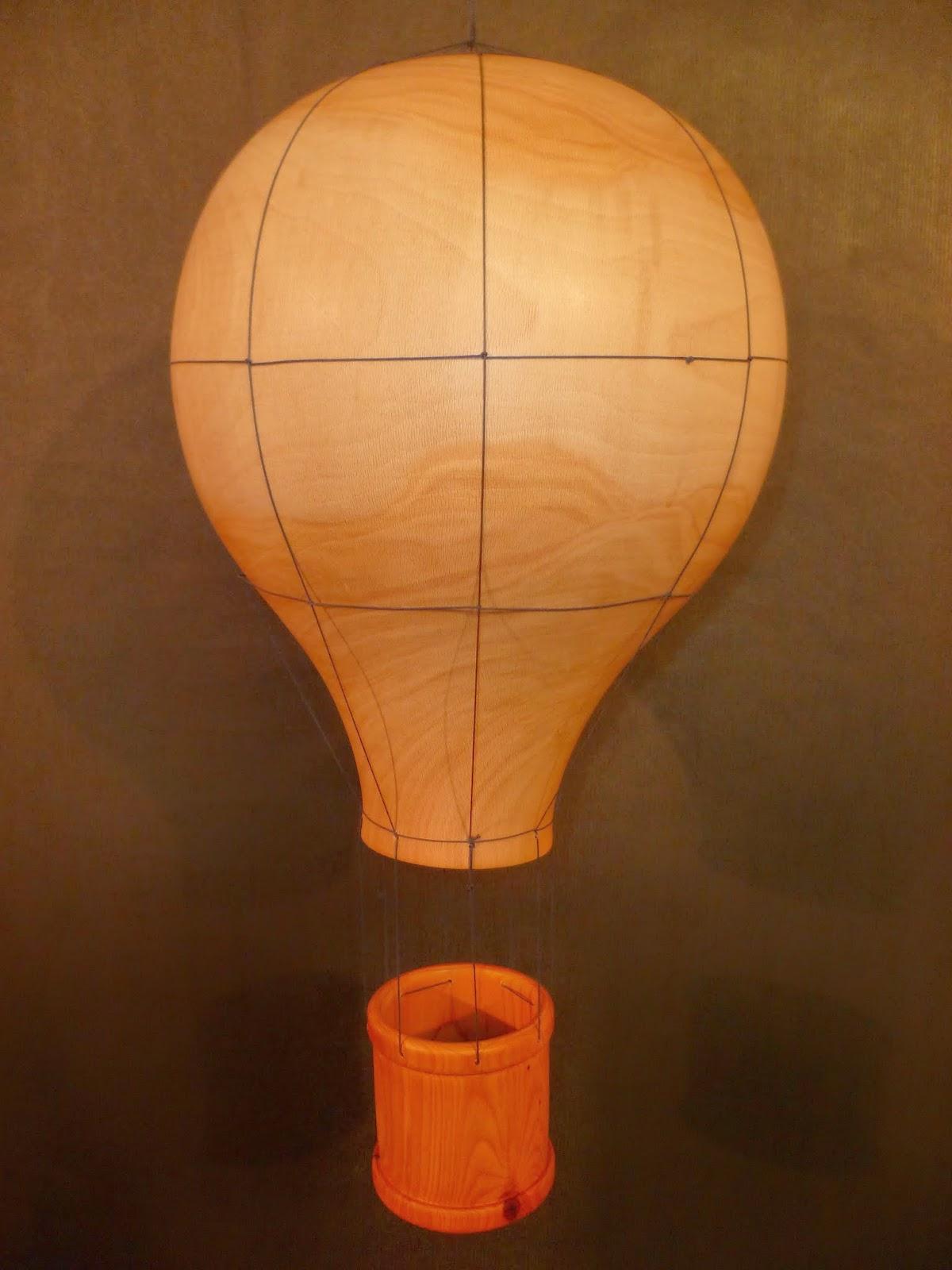 atelier du bois tourn woodturning design montgolfi re en bois tourn. Black Bedroom Furniture Sets. Home Design Ideas