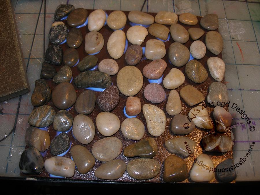 how to make a rock trivet