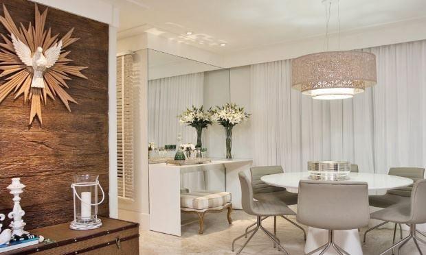 Espelho Em Sala Pequena ~ Decoração 10 salas de jantar com espelhos!  Jeito de Casa  Blog